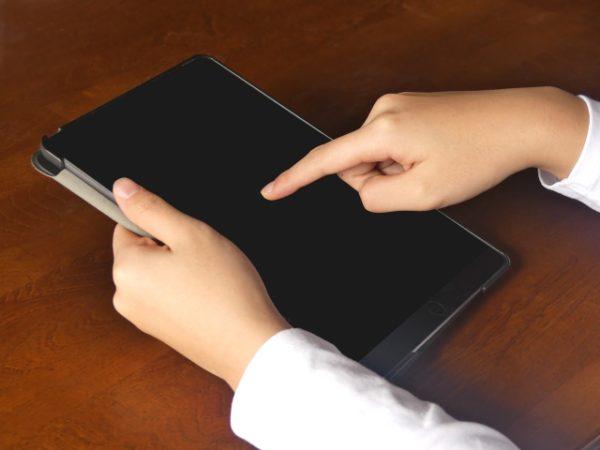 小学生の自宅学習にタブレット教材を取り入れる3つのメリット